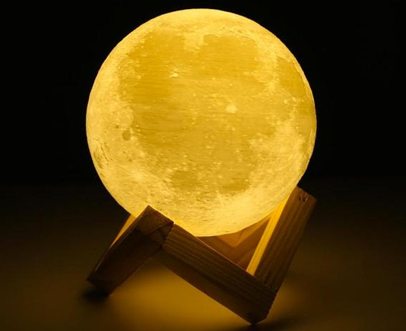 Groupdeal - 3D Moonlight Lamp