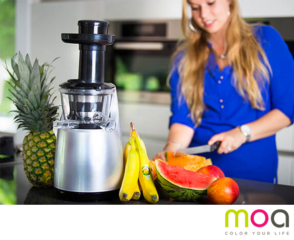 Groupdeal - MOA Design Slowjuicer