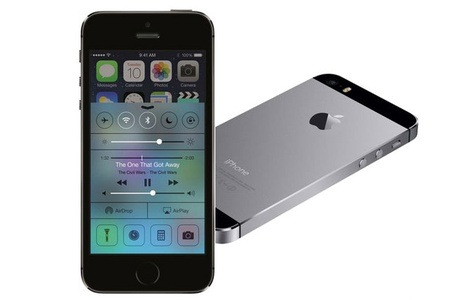 Groupon - iPhone 5S space grey